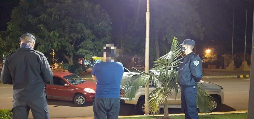 Dos detenidos y 14 vehículos retenidos en operativosviales