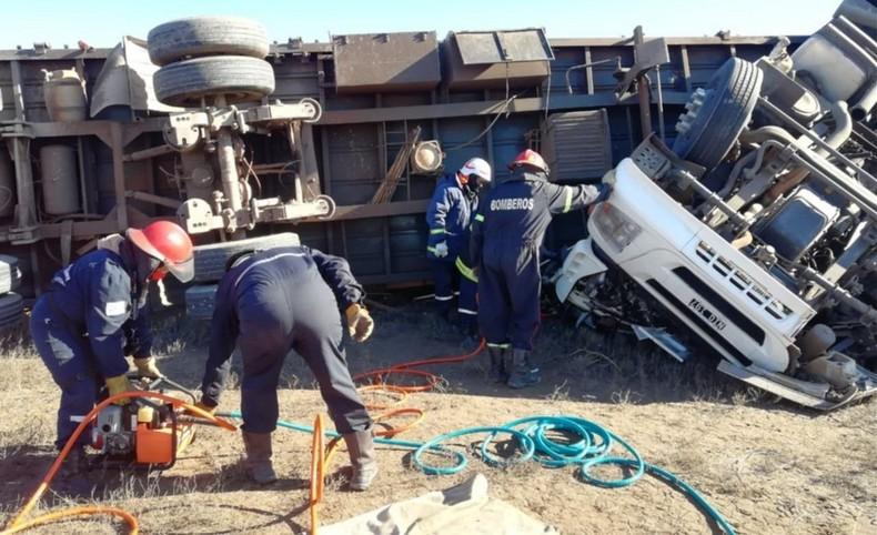 Camionero de Campo Ramón falleció tras volcar en la ruta3
