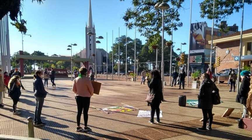 """25N Colectivo de Mujeres convoca a una concentración hoy en el centro: """"elegimos enfrentar las violencias"""""""