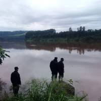 Atraparon en el río a un comisario en pleno contrabando desde Brasil