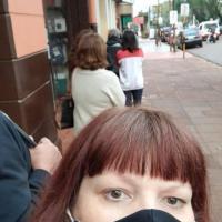 """Quejas por el mal servicio del banco Francés: """"nos mantienen por horas haciendo fila"""""""