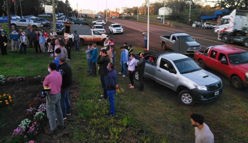 Productores se movilizaron reclamando seguridad ante los reiterados robos de ganado enMontecarlo