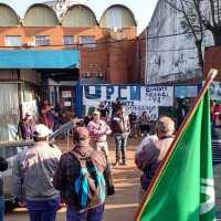 Municipales rechazaron la última propuesta salarial del ejecutivo y mantienen la protesta