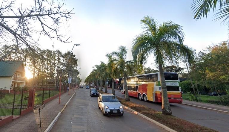 Motociclista intentó violar a una joven en plena calle y vecinos laauxiliaron