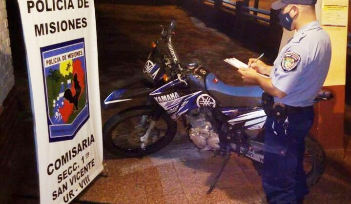 Secuestraron tres motocicletas, una herramienta y detuvieron a unjoven