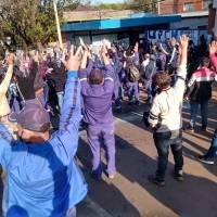 Municipales votaron no acatar la conciliación obligatoria y continuar con la huelga