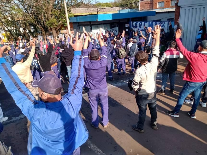 Municipales votaron no acatar la conciliación obligatoria y continuar con lahuelga