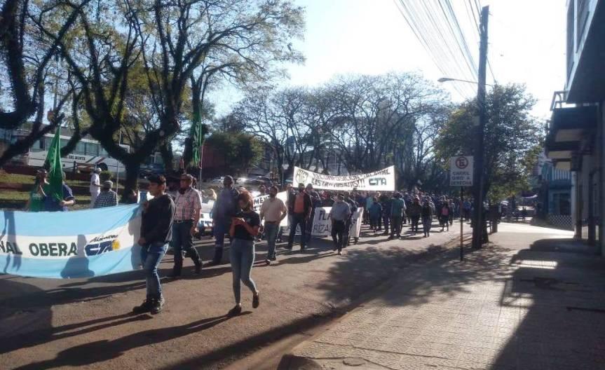 Representantes de ATE y UPCN negocian un acuerdo con la municipalidad en el Ministerio deTrabajo