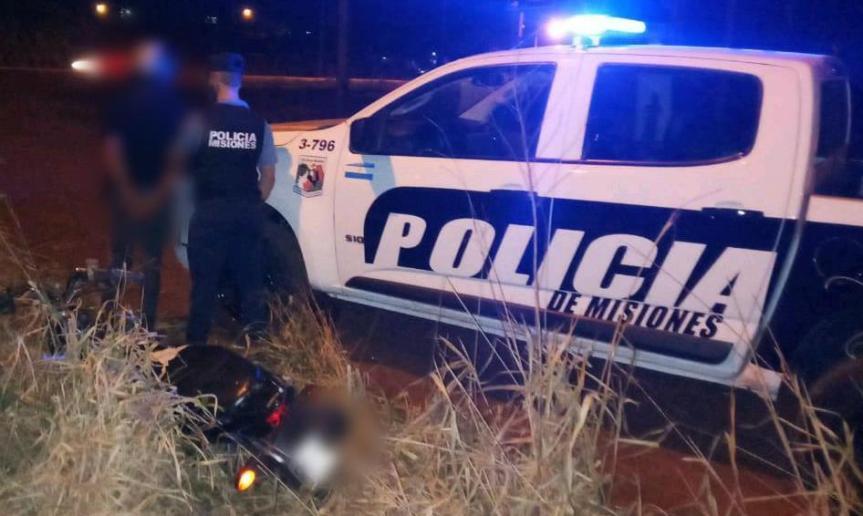 Motociclista sin luces intentó huir y agredió a policías enSchuster