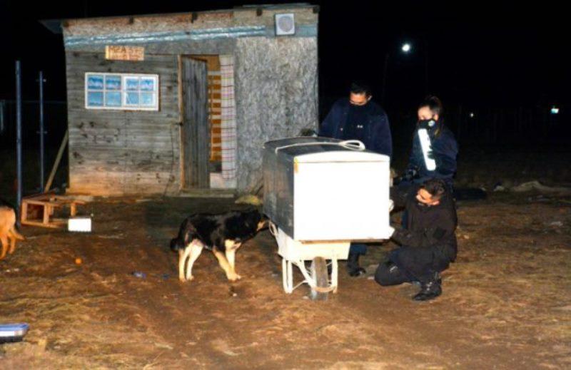 Misionero robó una heladera llena de comida con unacarretilla