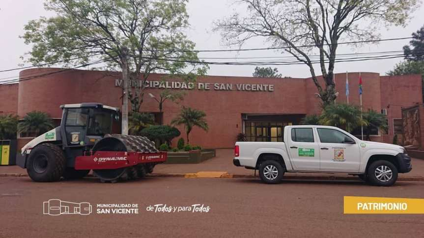El municipio adquirió un compactador en $107.185 dólares y una camioneta en$2.149.805