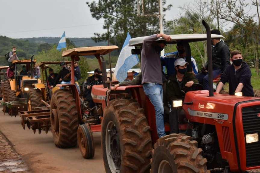 """Analizan crear un registro de """"tenencia consentida"""" para productores con tractores decontrabando"""