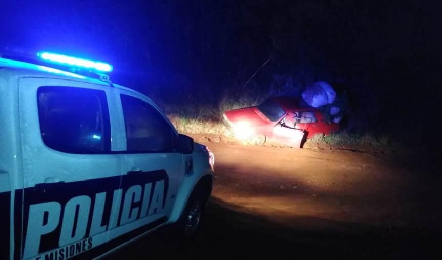 Intentaron huir con yerba robada en el auto y terminarondetenidos
