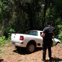 Camioneta robada fue abandonada en un monte