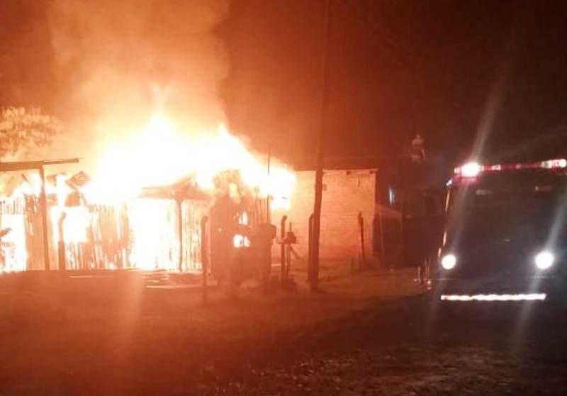 Investigan el incendio de una vivienda en CampoViera