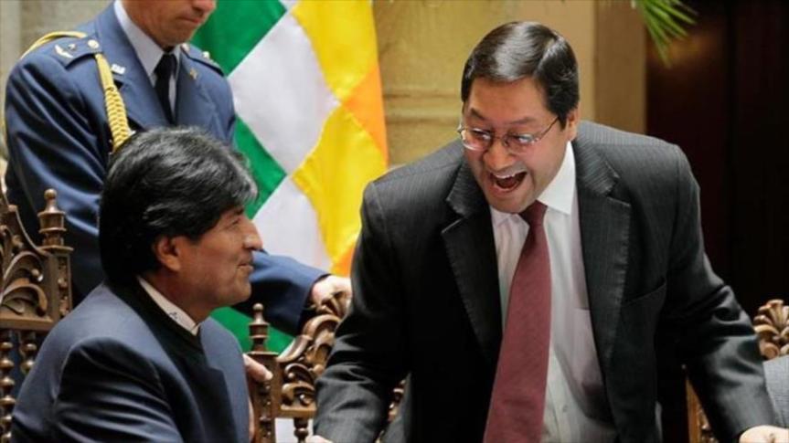 """El partido de Evo superó el 50% de los votos y volverá a gobernar: """"Bolivia recuperó la democracia"""",afirmó"""