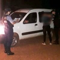 Ebrios frente al autódromo fueron detenidos tras persecución, uno intentó atacar a policías