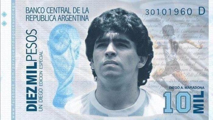Juntan firmas para que se emitan billete de $10 mil con la imagen deMaradona