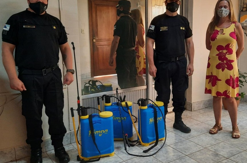 Familia donó mochilas hidrantes para incendiosforestales