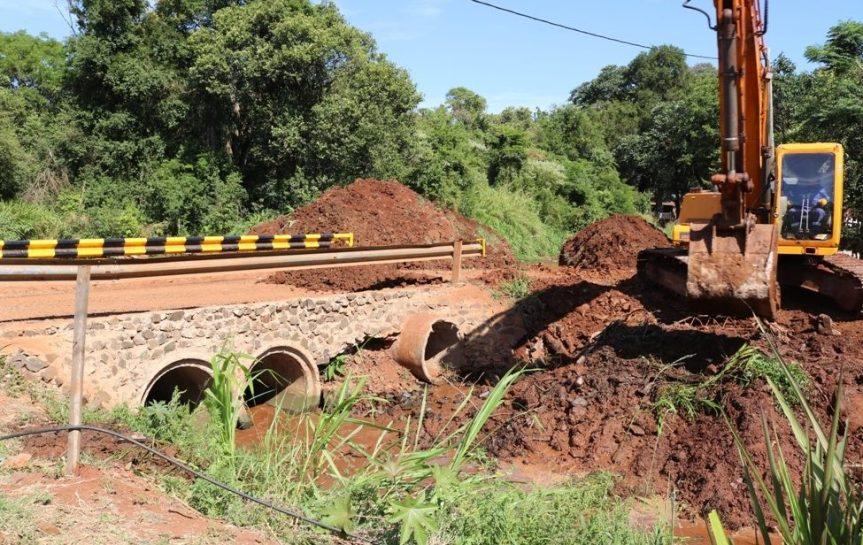 Comenzaron con la construcción de un puente alcantarilla en calleOrcadas