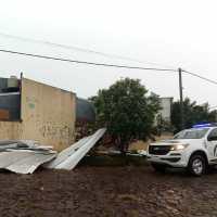 Tormenta causó la voladura de un techo en el 37 Viviendas