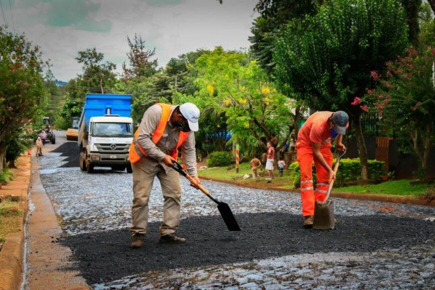 Vialidad licitó 200 cuadras de asfalto para en los departamentos de Oberá, Alem, San Javier, Apóstoles, Candelaria y SanIgnacio