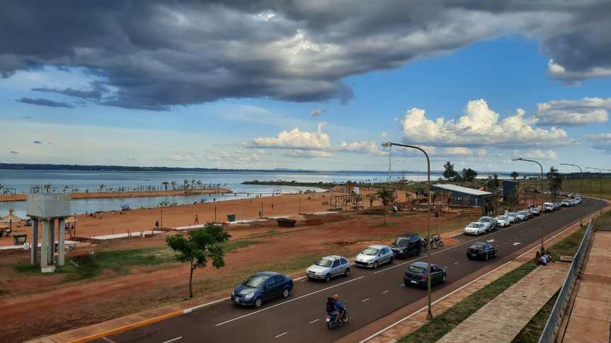 Fin de semana con récord de turismo en el país: más de 2,4 millones de personas demovilizaron