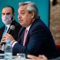 Alberto anunció un bono de $15.000 para la AUH y a monotributistas de las categorías más bajas