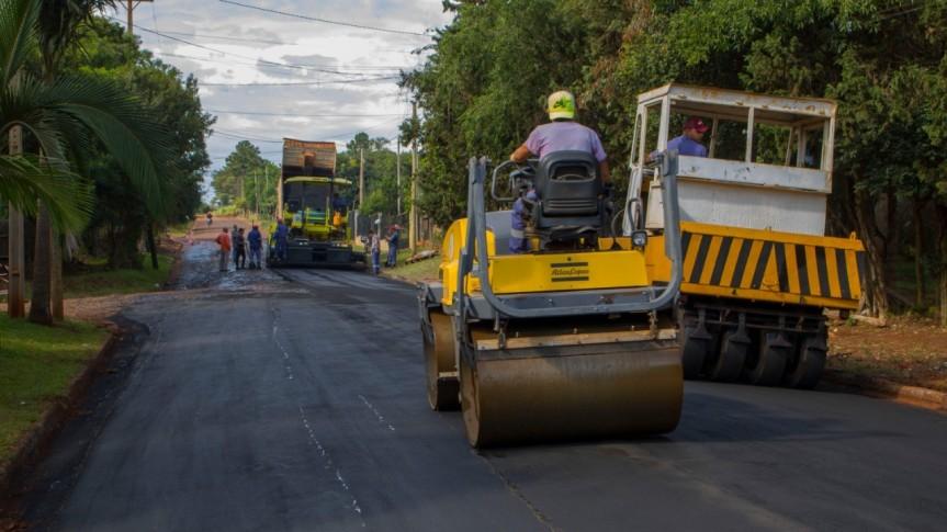 Asfaltan calles Lago Deseado y Pergamino en VillaMarttos