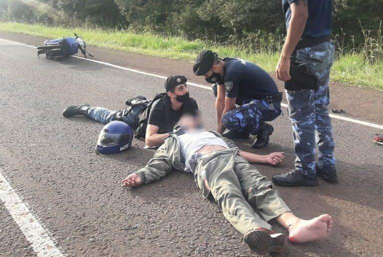 Un hombre despistó con la moto en la ruta4