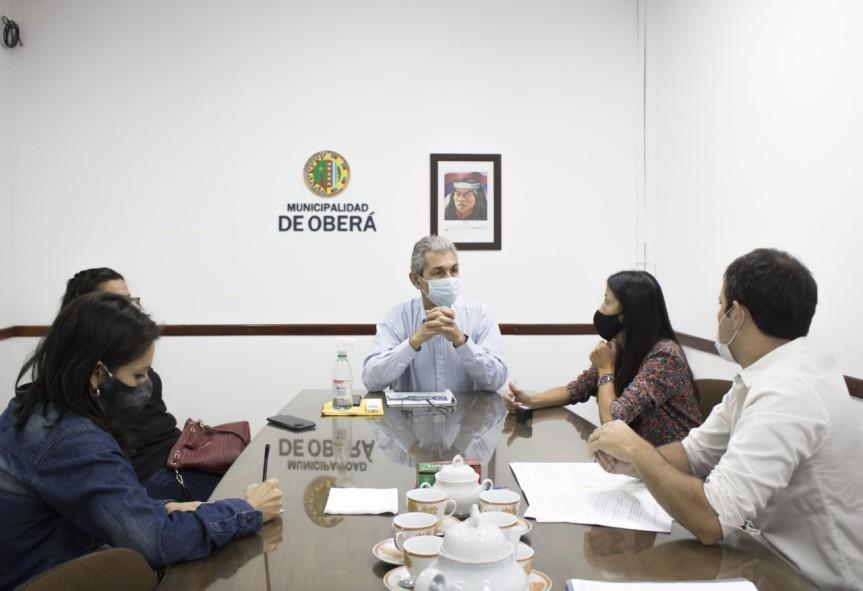 Firmaron convenio colaboración mutua para llevar cursos de formaciones de oficio a losbarrios