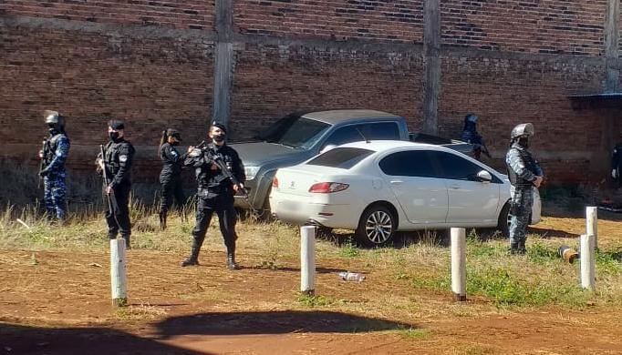 Recuperaron en San Vicente dos vehiculos robados en BuenosAires