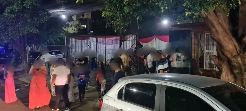 Clausuraron bares y fiestas clandestinas con hasta 250personas