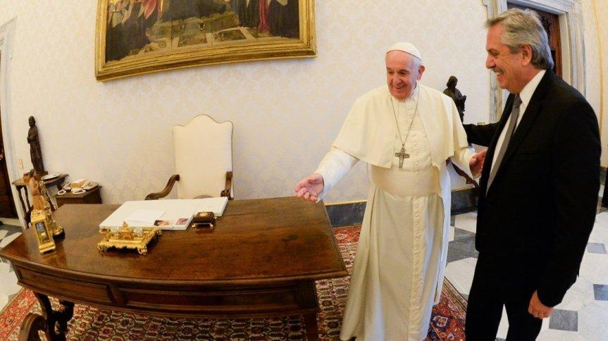 Alberto llegó a Roma para encontrarse con el Papa y terminar su gira porEuropa