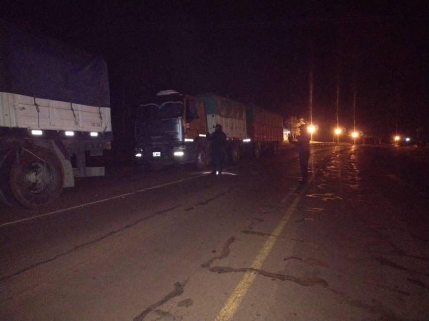 Interceptaron otros cuatro camiones con 120 toneladas de soja que evadieronRentas