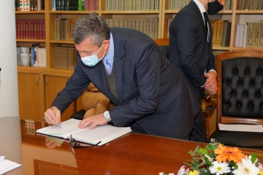 Pigerl prestó juramento como titular del Jurado deEnjuiciamiento