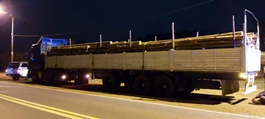 Camión con maderas llevaba más de dos toneladas demarihuana