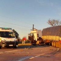 Choque frontal entre un auto y un camión en una zona de tercera trocha dejó un muerto