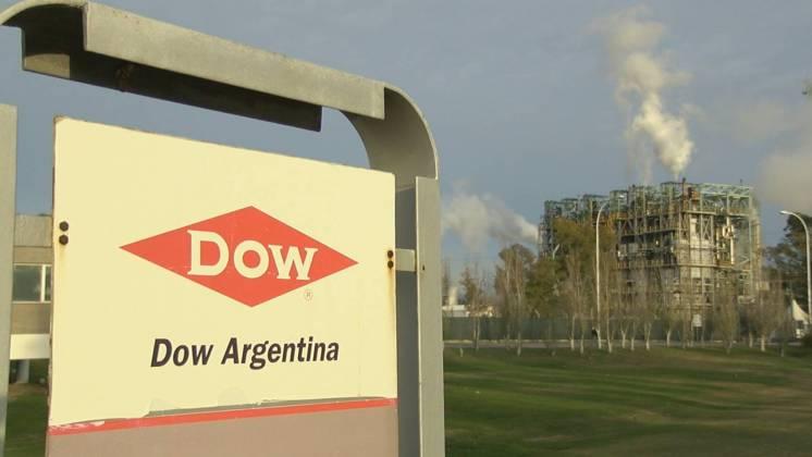 """Petroquímica anunció que muda su producción a Brasil:  """"no comprendemos la decisión"""", dijo el ministro deProducción"""