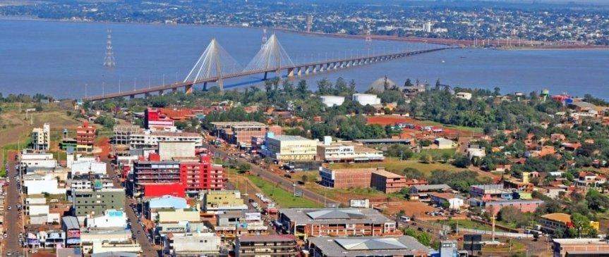 """Paraguay pide reabrir el puente: """"es importante el tráfico de afectos y después estimular elcomercio"""""""