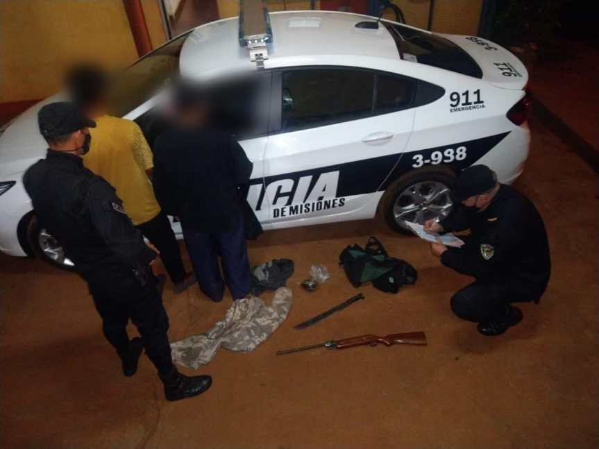 Detuvieron a dos hombres por tenencia ilegal de unrifle