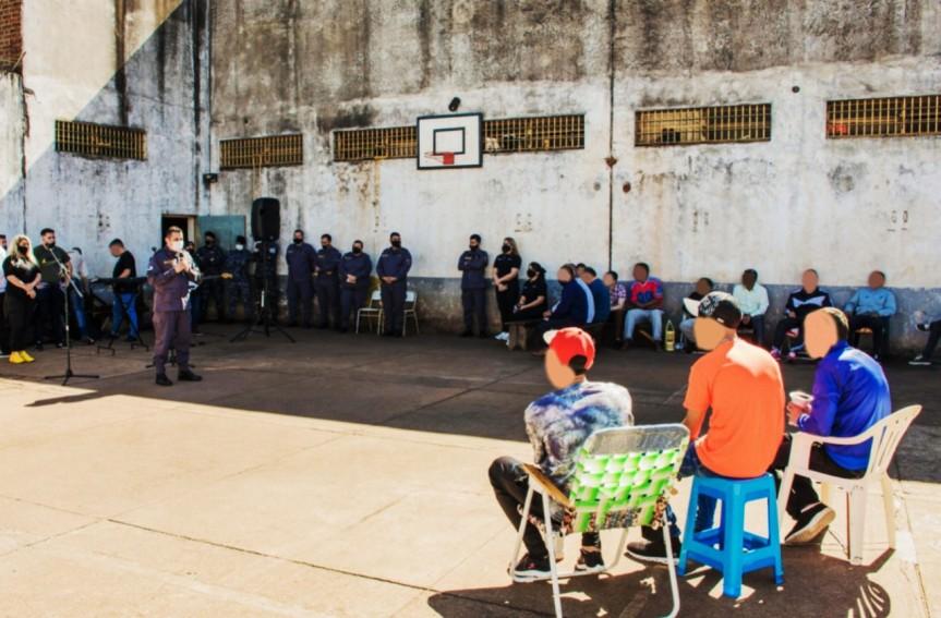 Música en vivo para culminar actividades culturales en la Unidad Penal deOberá
